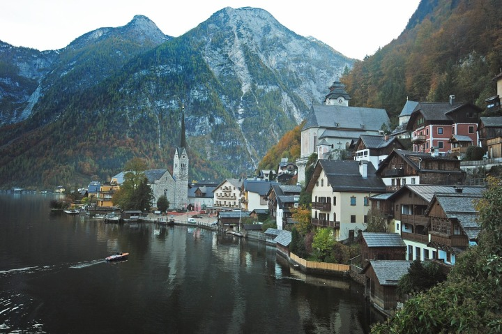 9 Adorable Small Towns You Have to Visit
